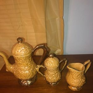 Vintage Dining - Vintage teapot set brown textured pottery gold trm